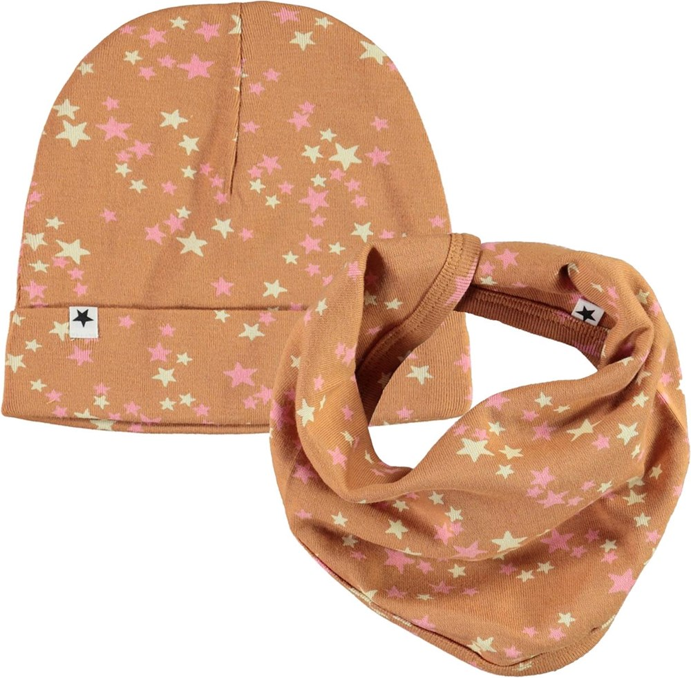 Noe Hat and Bib Set - Starry Deer - Baby hat and bib with star print