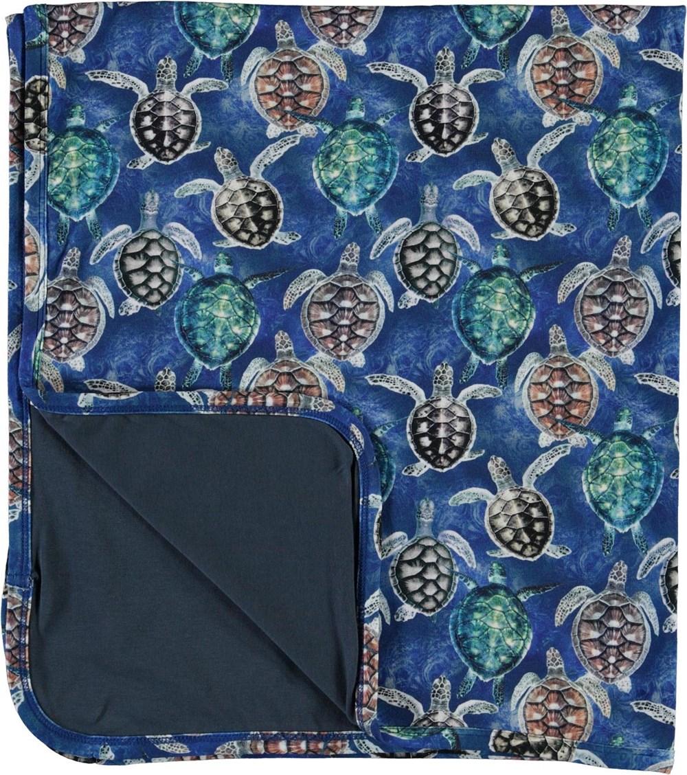 Niles - Mini Turtles - Blødt tæppe i blå med skildpadder