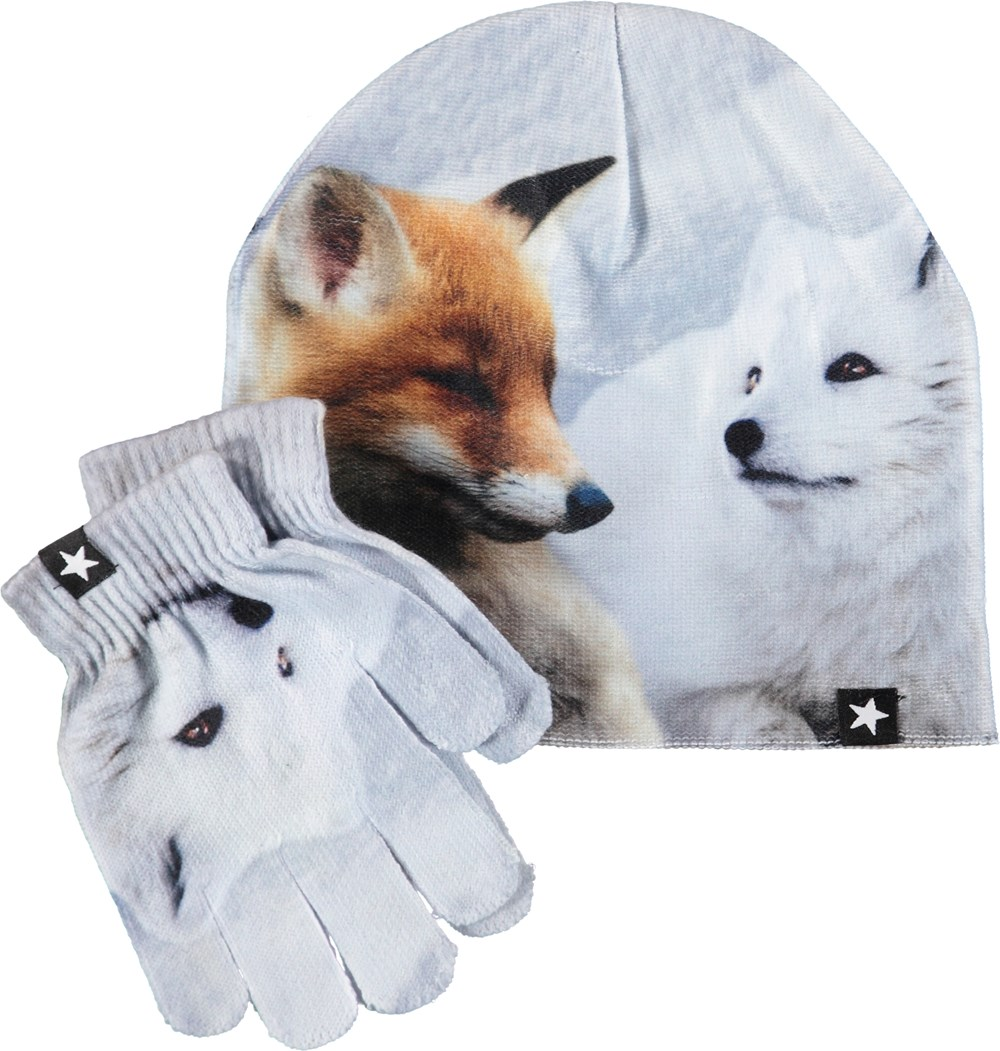 Kaya - Foxes - Hat and gloves with foxes.