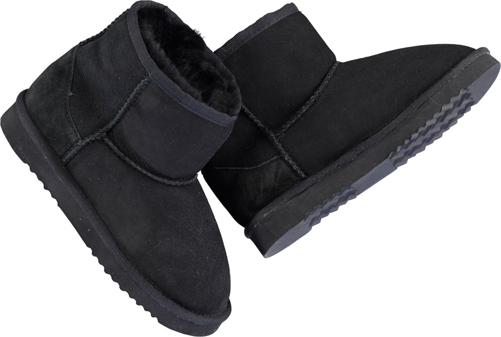 Dry - Black - Teddy baby booties in black.