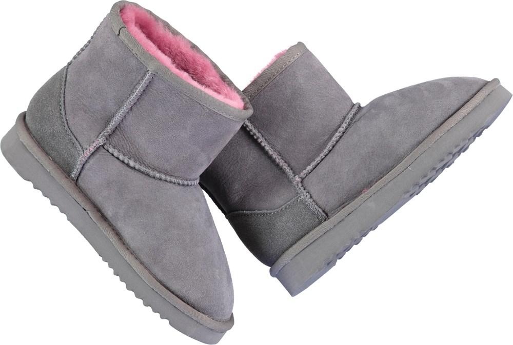 Dry - Nine Iron - Teddy baby booties in grey.