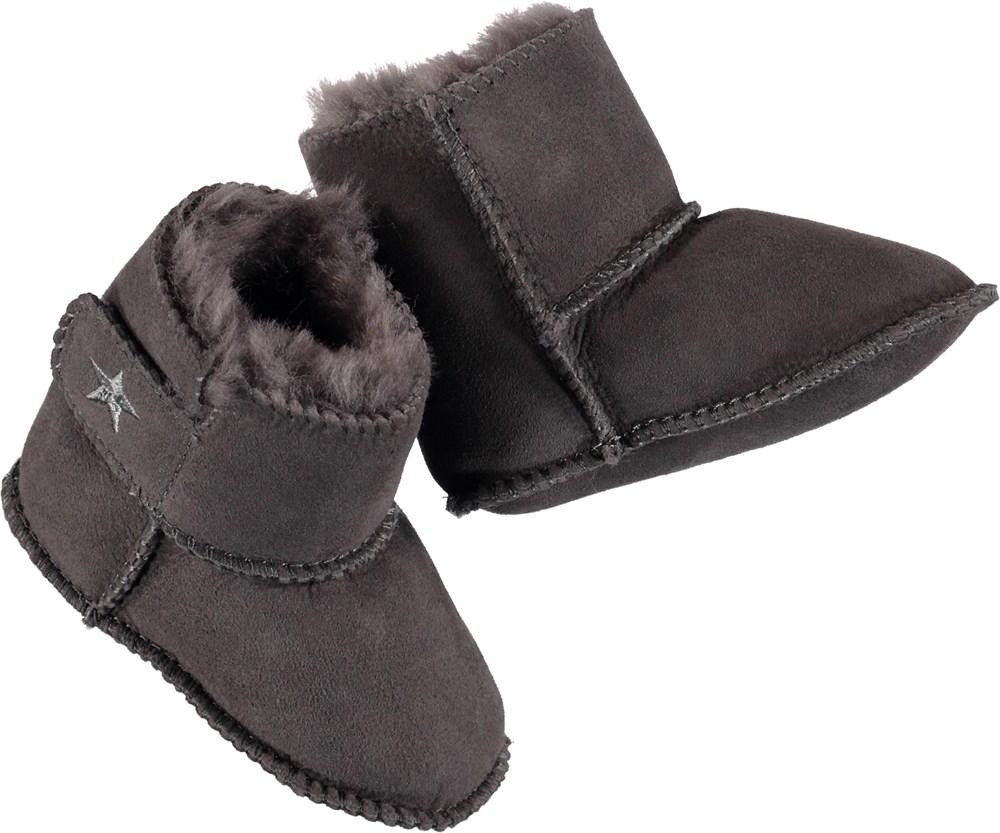 Dust - Smokey Grey - Lambskin baby booties in grey.