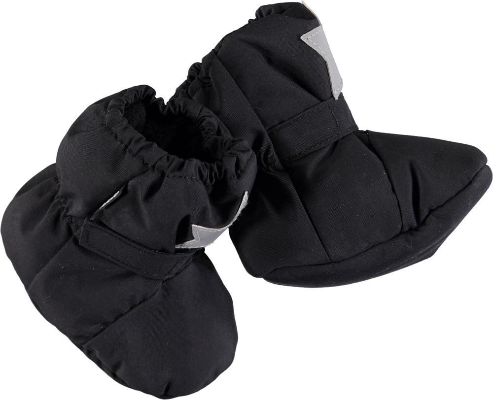 Imba - Very Black - Soft baby booties in black.