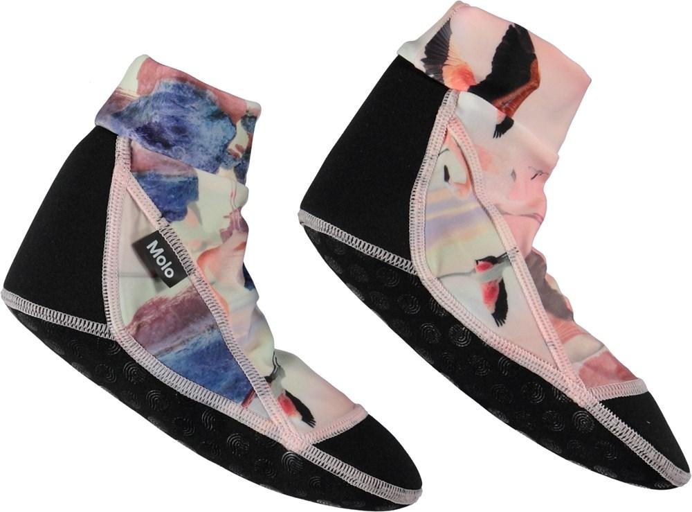 Zabi - Flamingo - Pink swim socks.