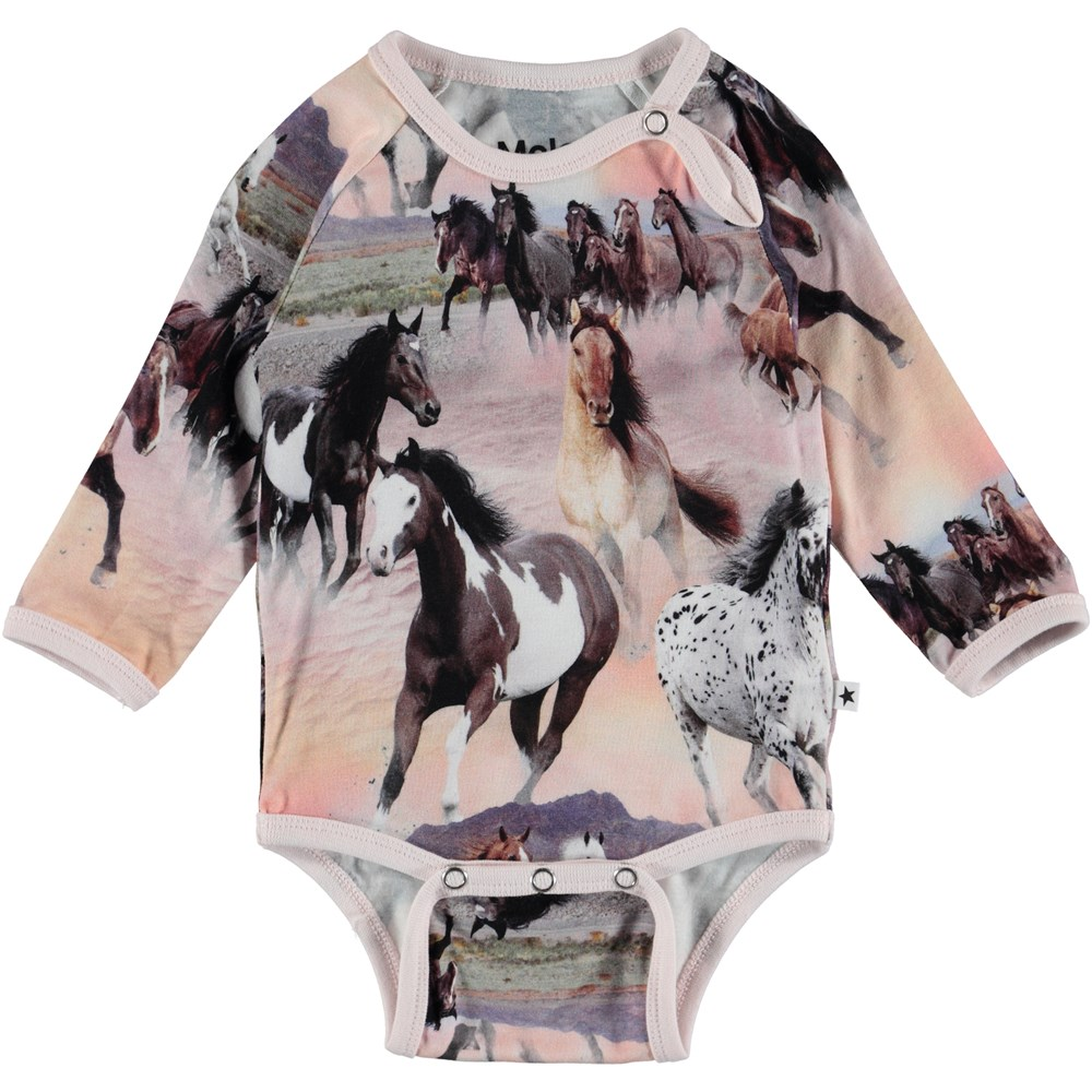Fonda - Wild Horses - Baby Body