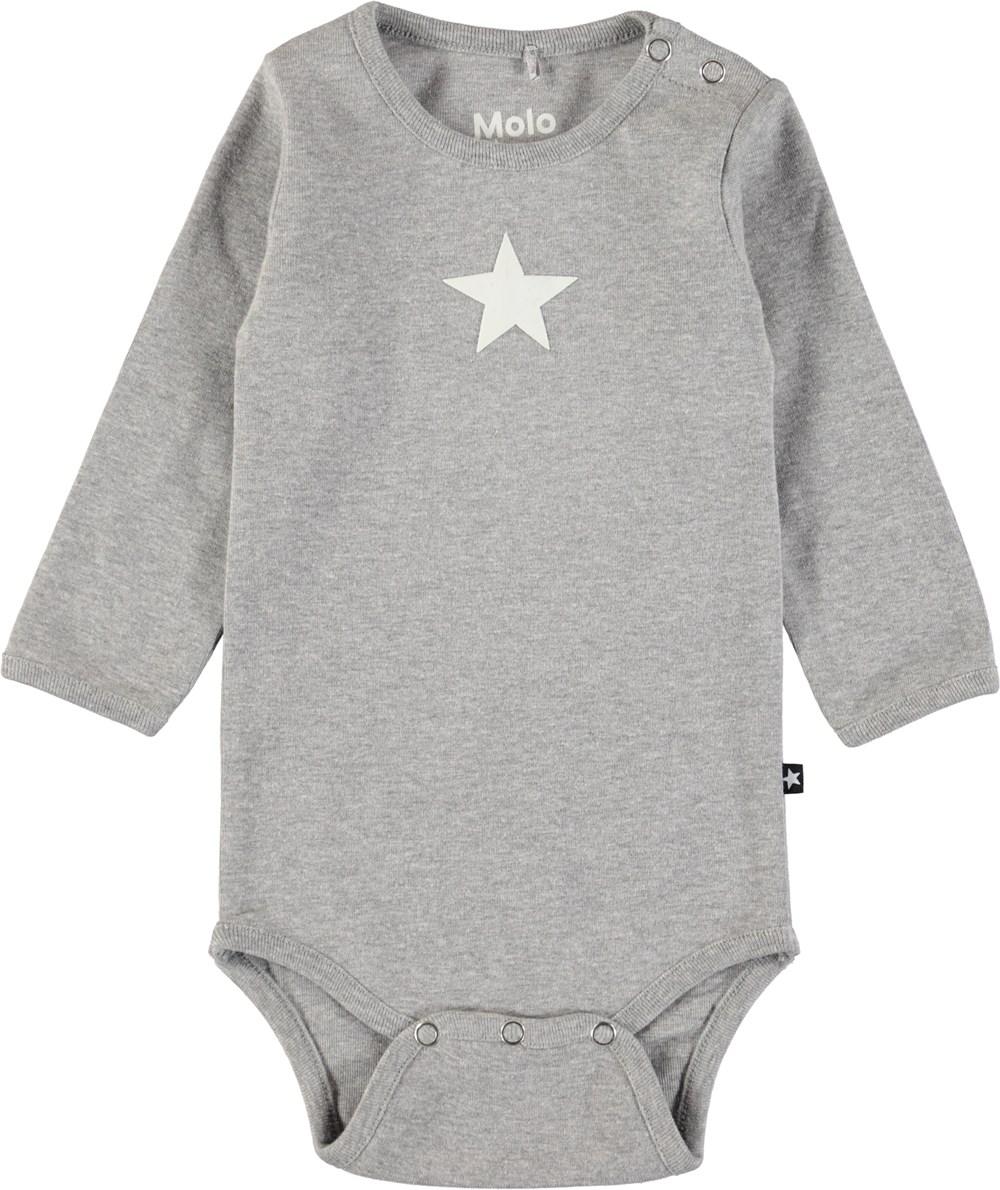 Foss - Grey Melange - Långärmad, grå baby body med tryckt stjärna
