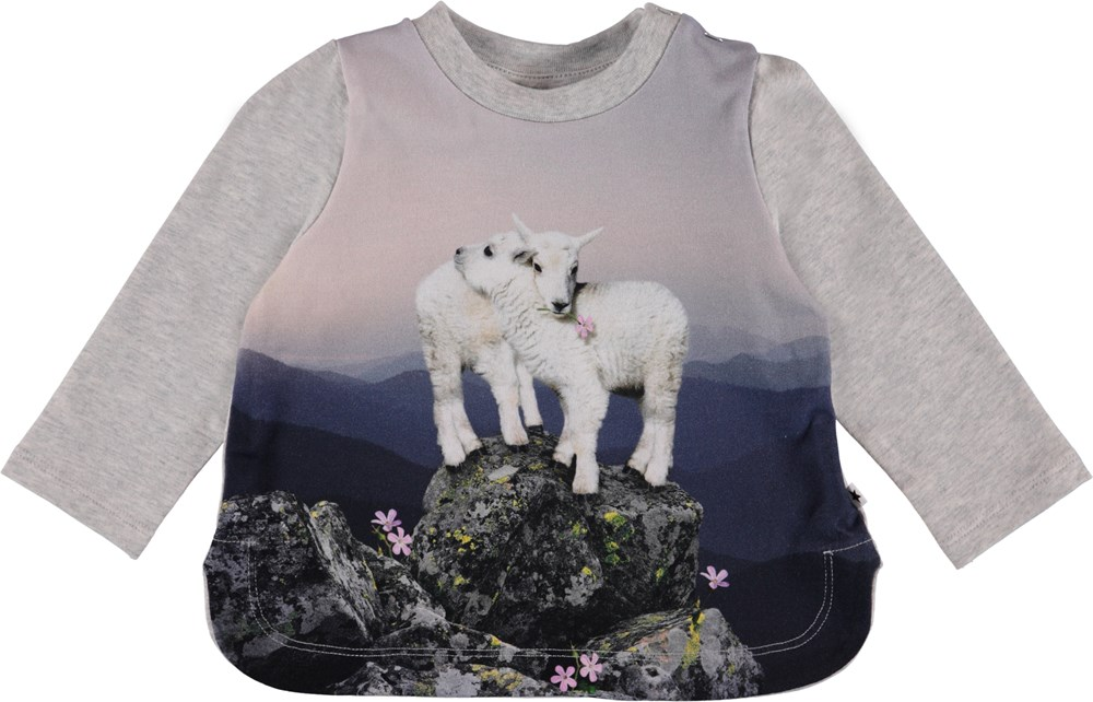 Eline - Mountain Top - Grå baby bluse med print.
