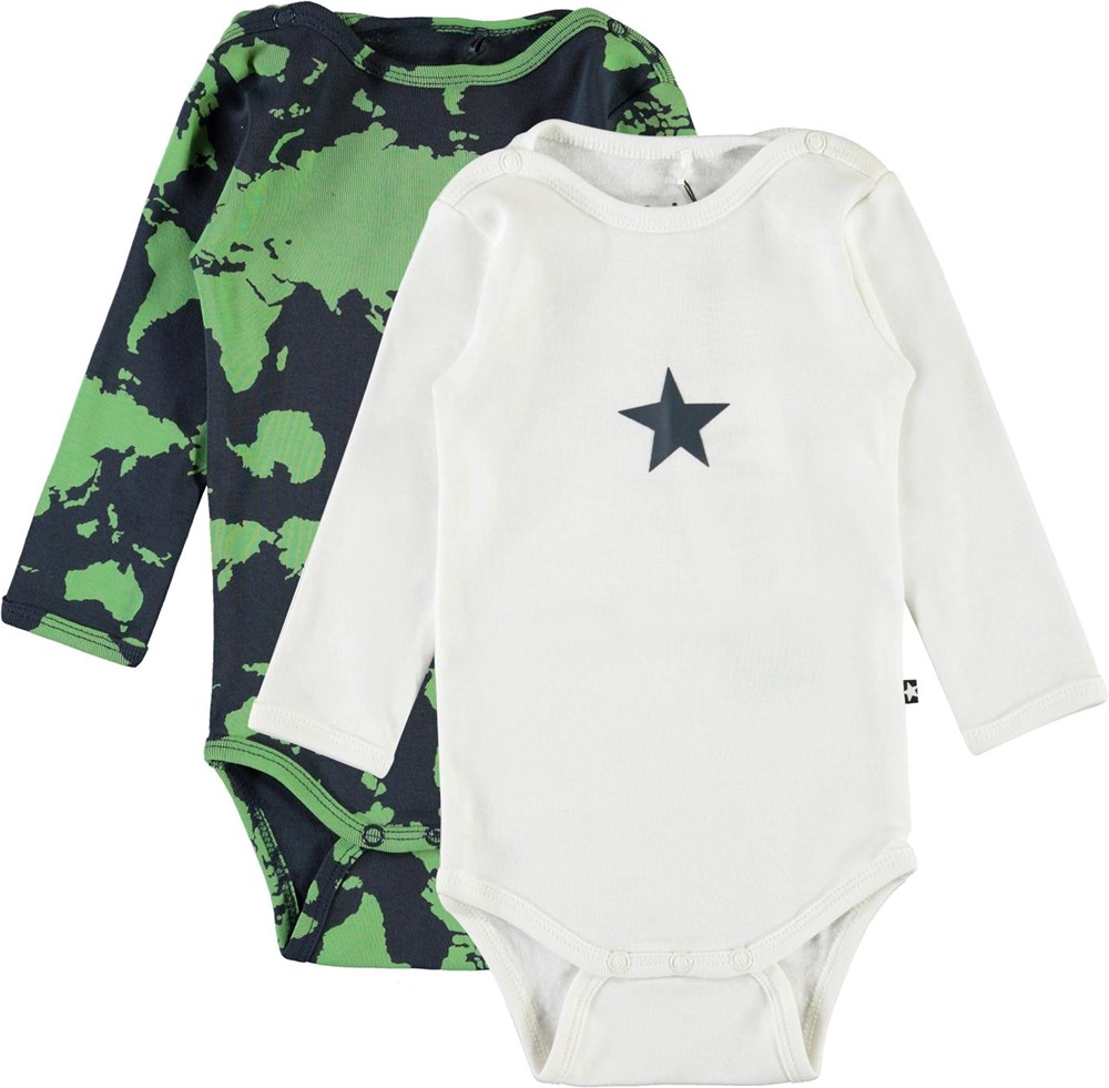 Foss 2-Pack - Small White - 2-pack baby bodysuit in white and map of the world
