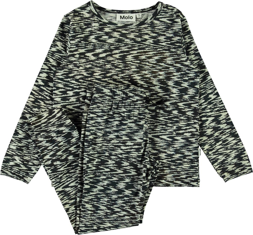Luve - Interference - Black and white nightwear set