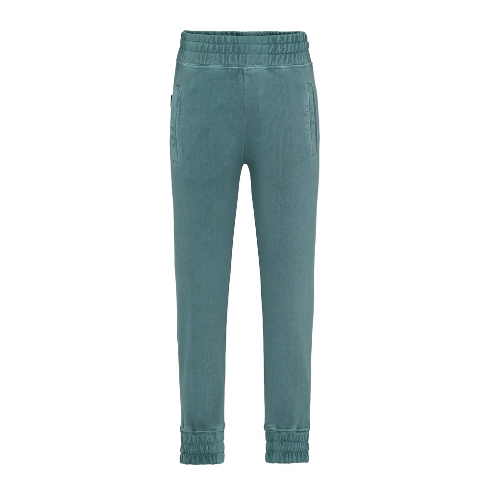 Azoo - Galapagos Green - Green sweatpants in a washed look.
