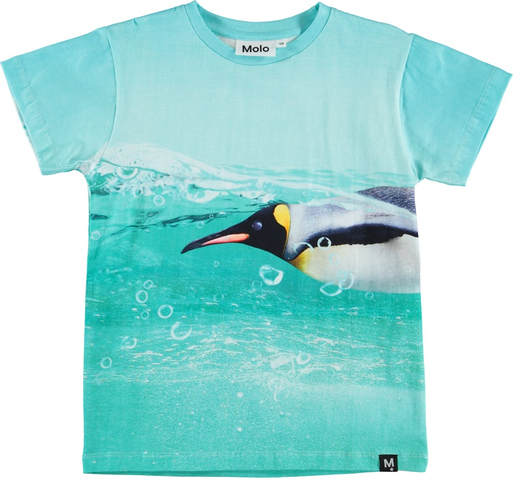 Raul - The Penguin - T-shirt with penguin print.