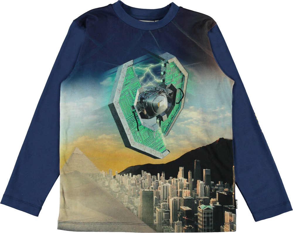 Reif - Present - Blue long sleeve top with time machine