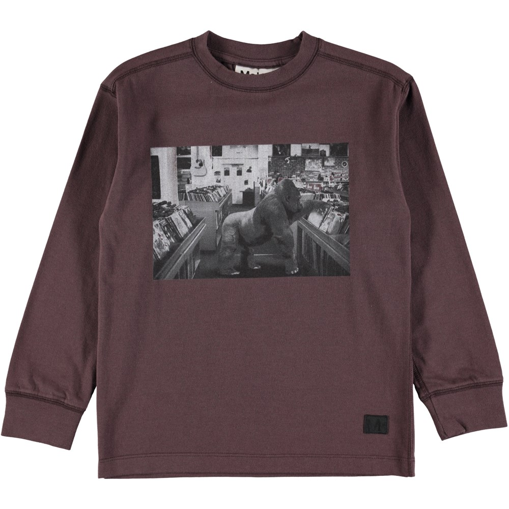 Risci - Urban Twilight - Bordeaux top with digital print of gorilla in a record shop