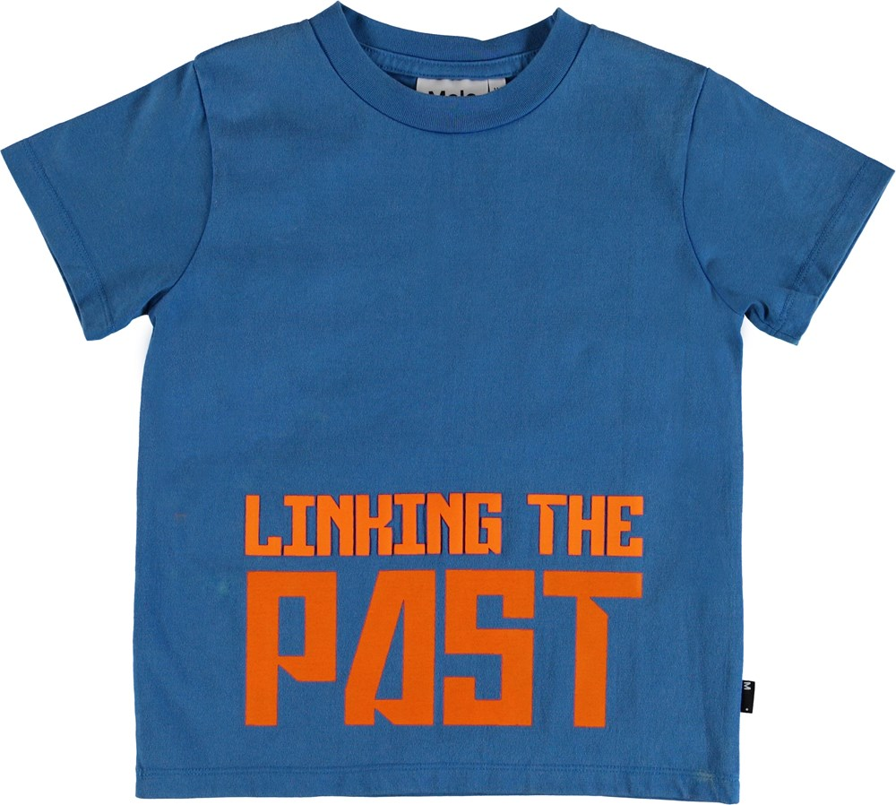 Road - A_I_ Blue - T-shirt with printed text.
