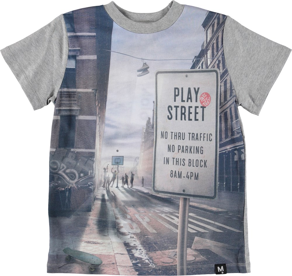 Road - Play Street - Grey t-shirt with basketball print.