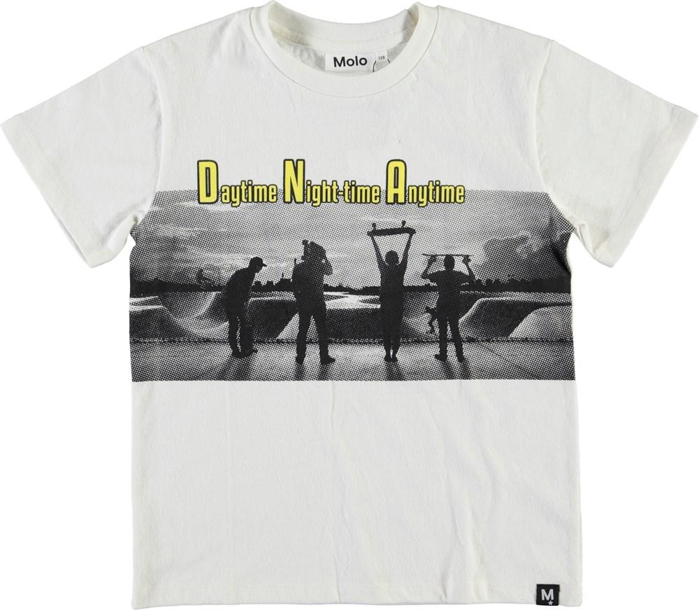 Roxo - Grainy Skaters - White t-shirt with skate print