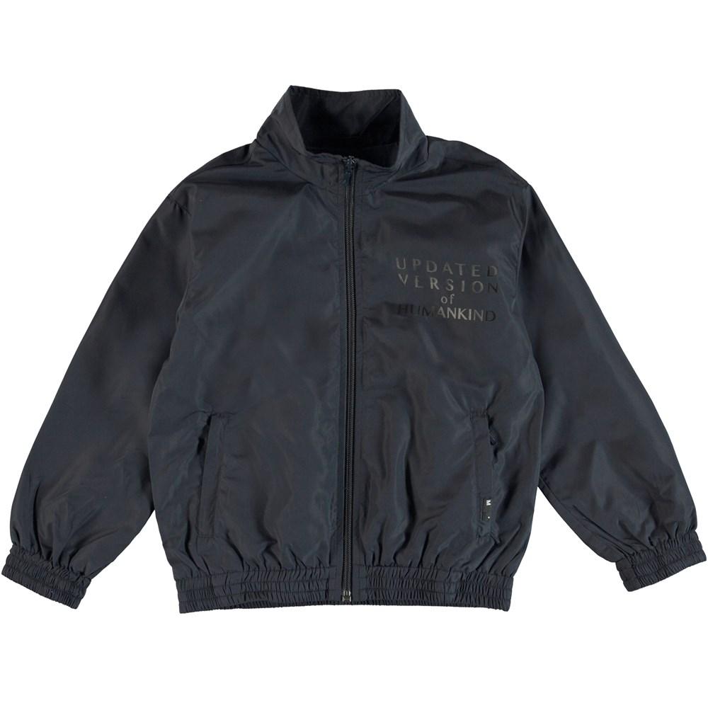 Hermoes - Dark Navy - Tracksuit jakke med skrift på brystet.