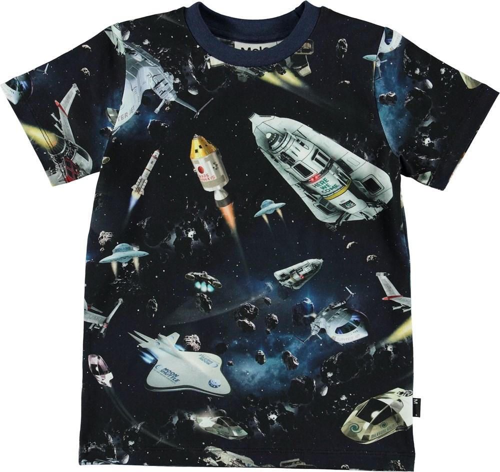 Ralphie - Space Traffic - Mørkeblå t-shirt med rumskibe.