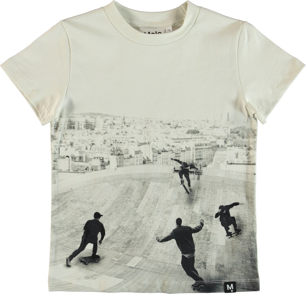Raymont - Free Skate - T-shirt med skatepark print.