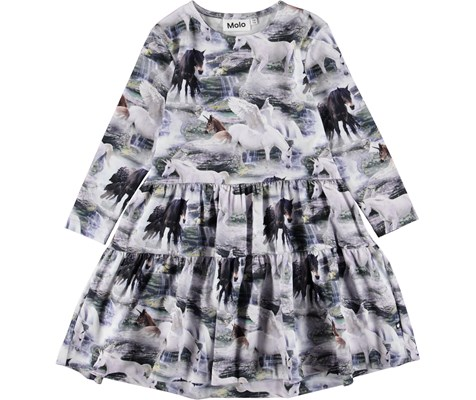 7319a213cd4a6 Molo - urban design and quality clothing for children