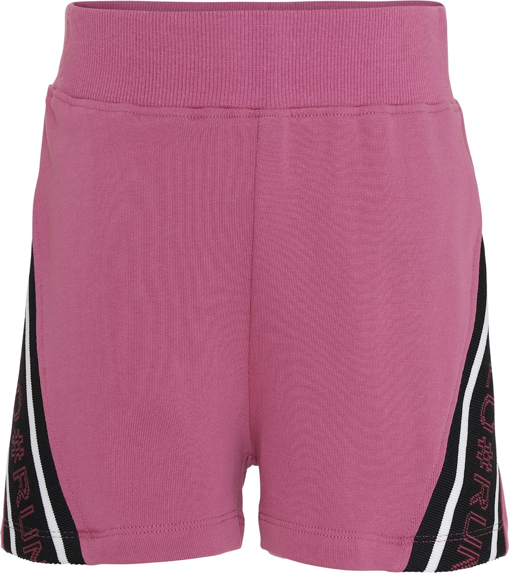 Oki - Red Violet - Sweat shorts in violet with text