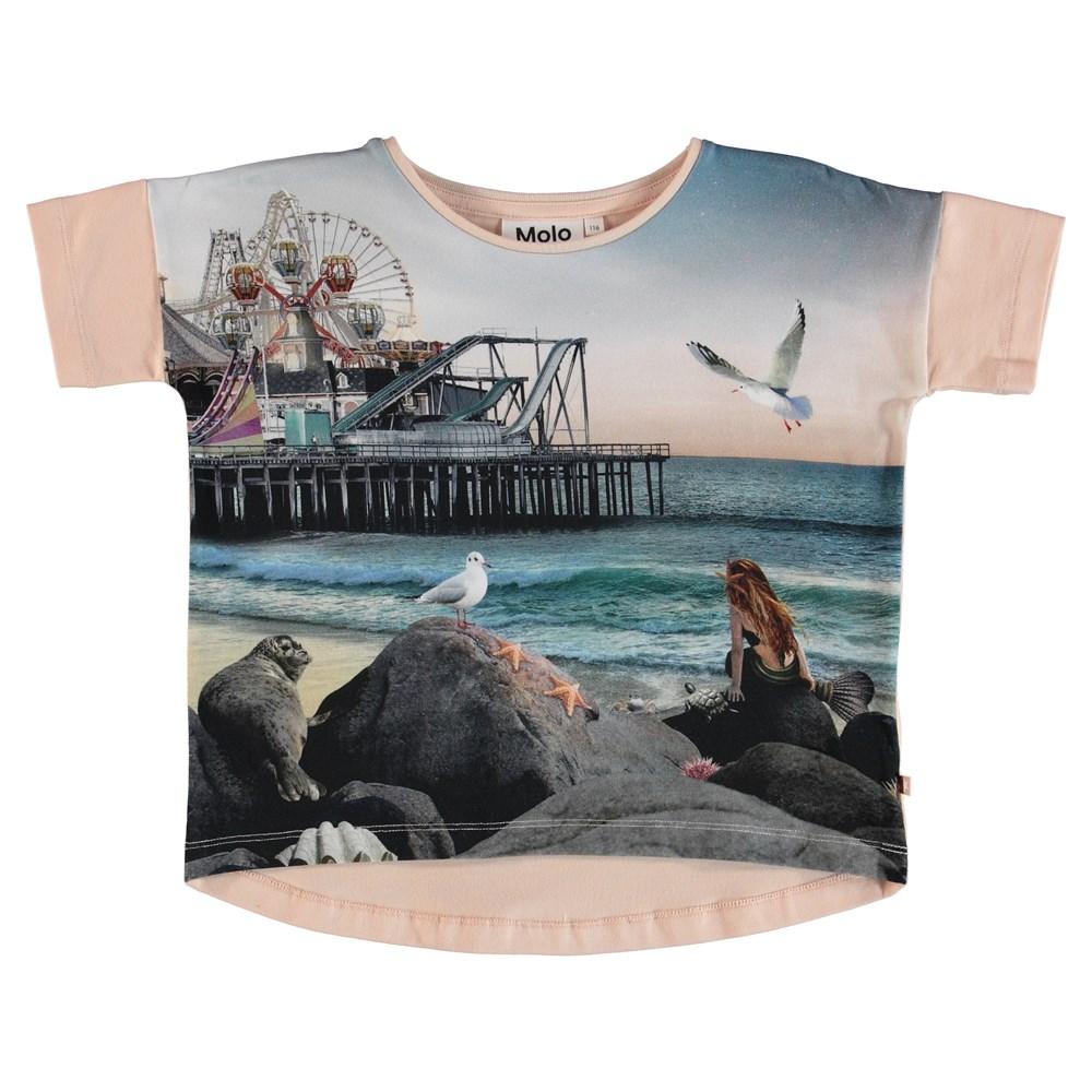 Raeesa - Under The Boardwalk - T-Shirt