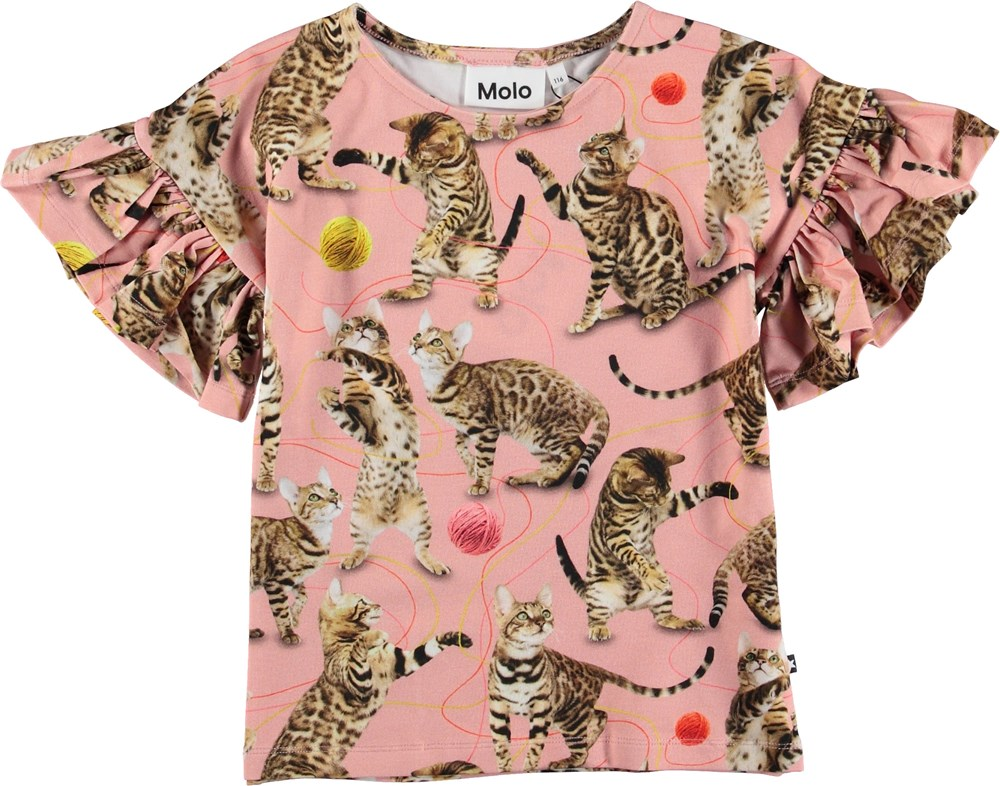 Rayah - Wannabe Leopard - Pink t-shirt with cats.