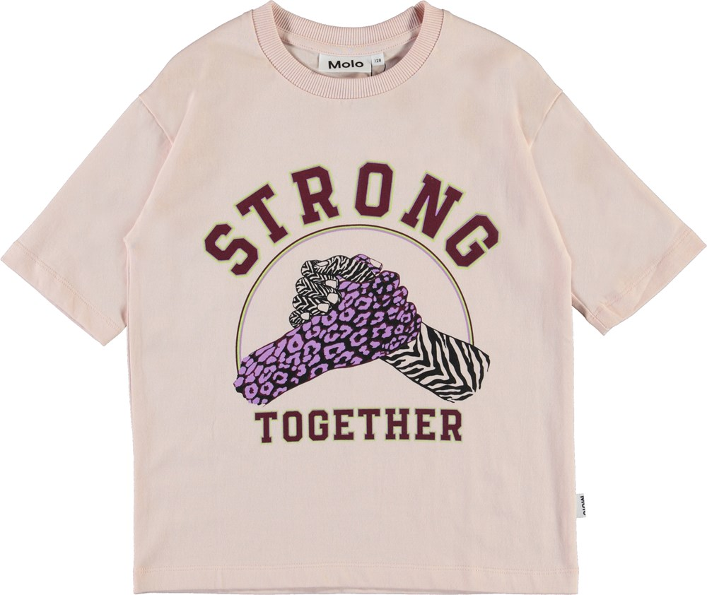 Reen - Strong Together - Rose coloured organic t-shirt strong