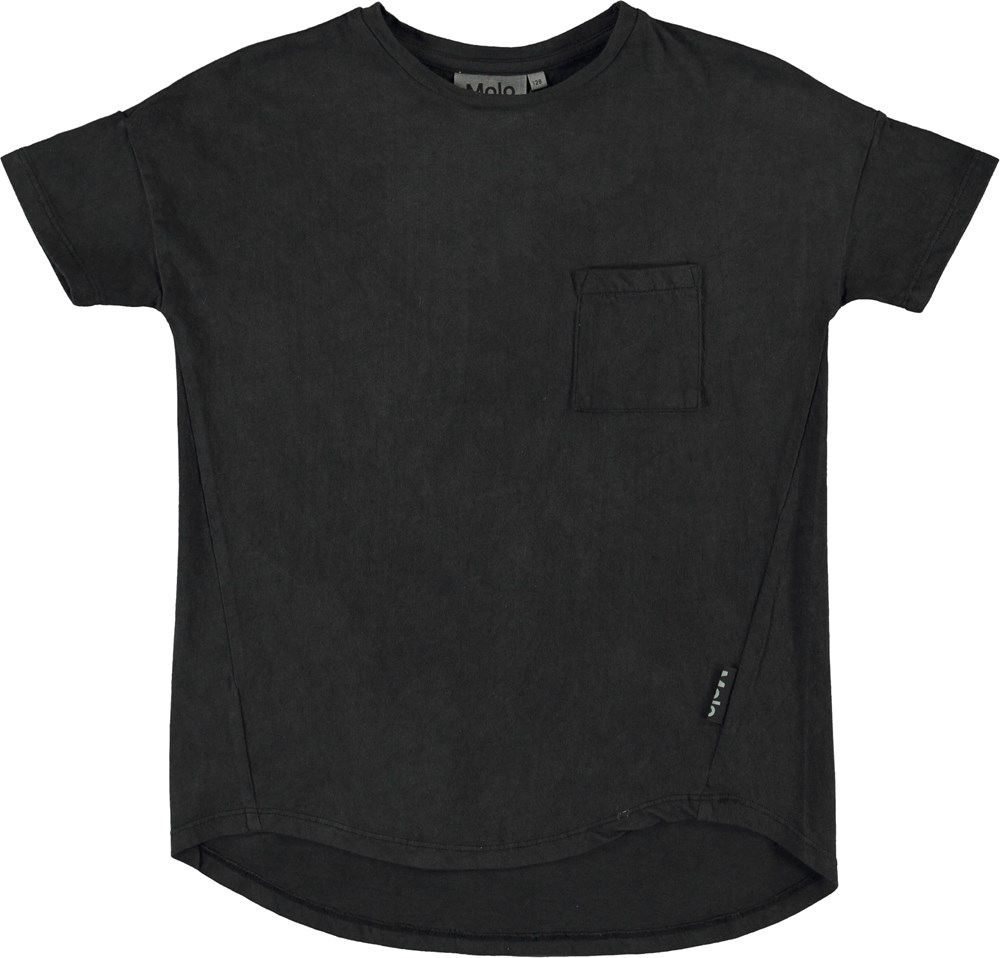 Renessa - Black - Black t-shirt with pocket