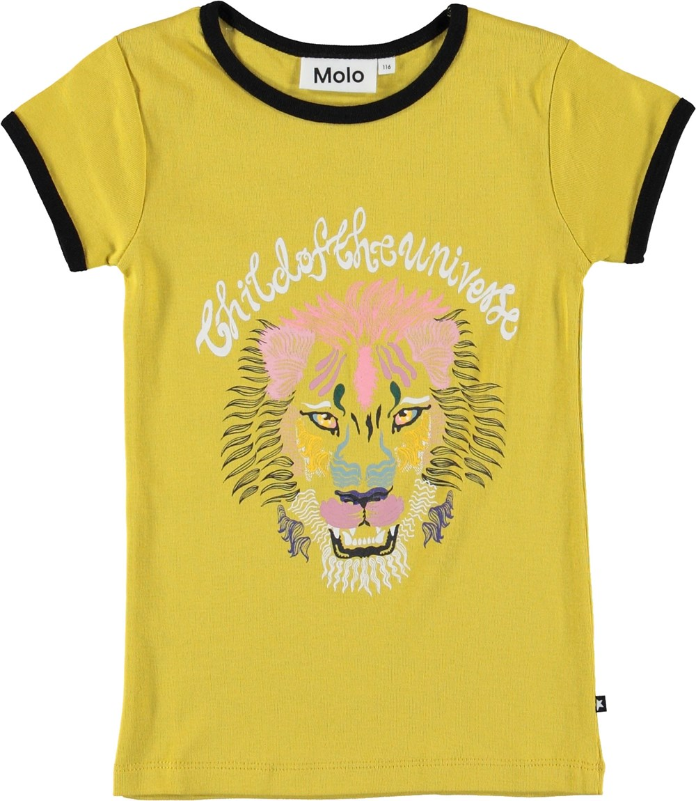Rhiannon - Lioness - Yellow t-shirt with lion.