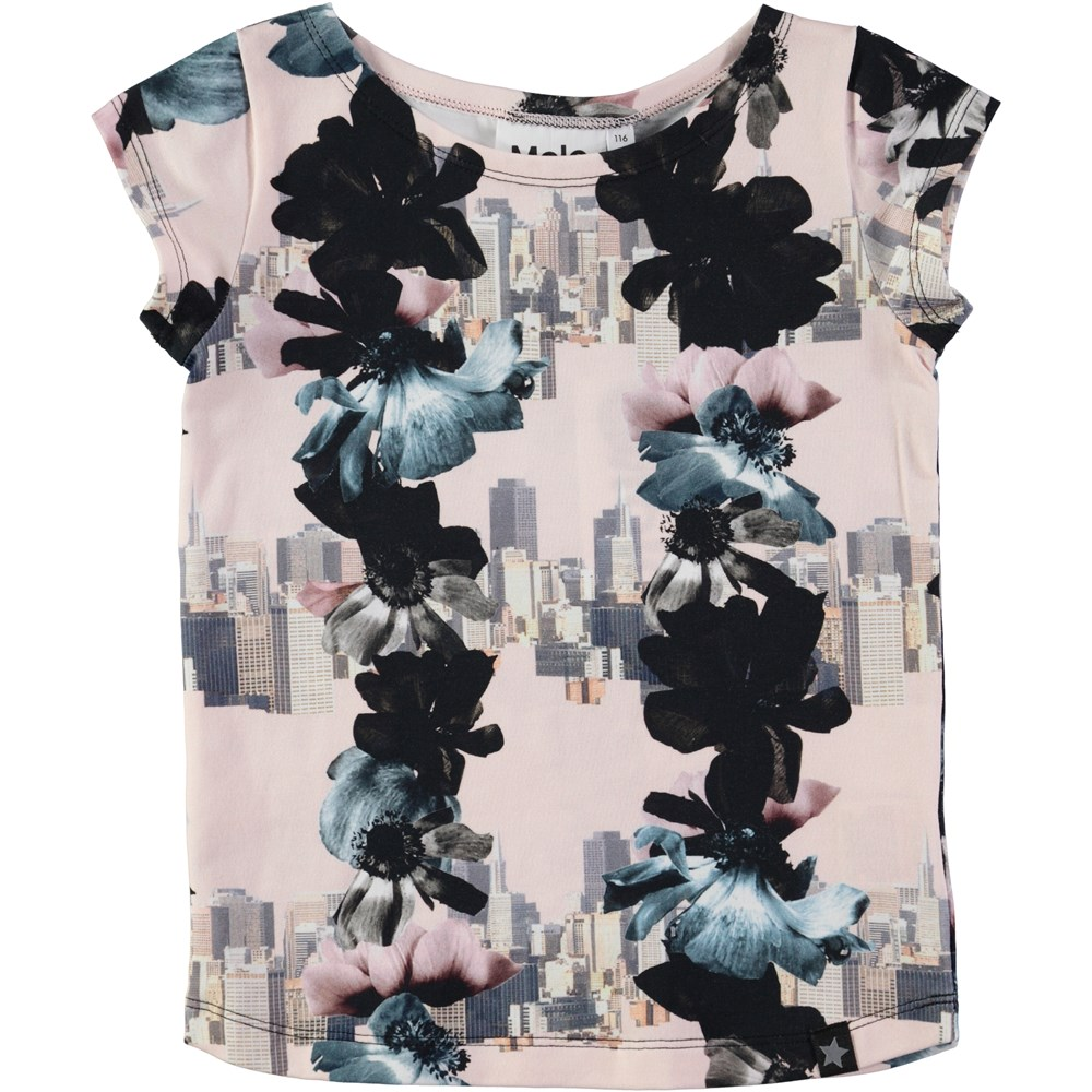 Robinette - Dreamscape - short sleeve t-shirt with flowers