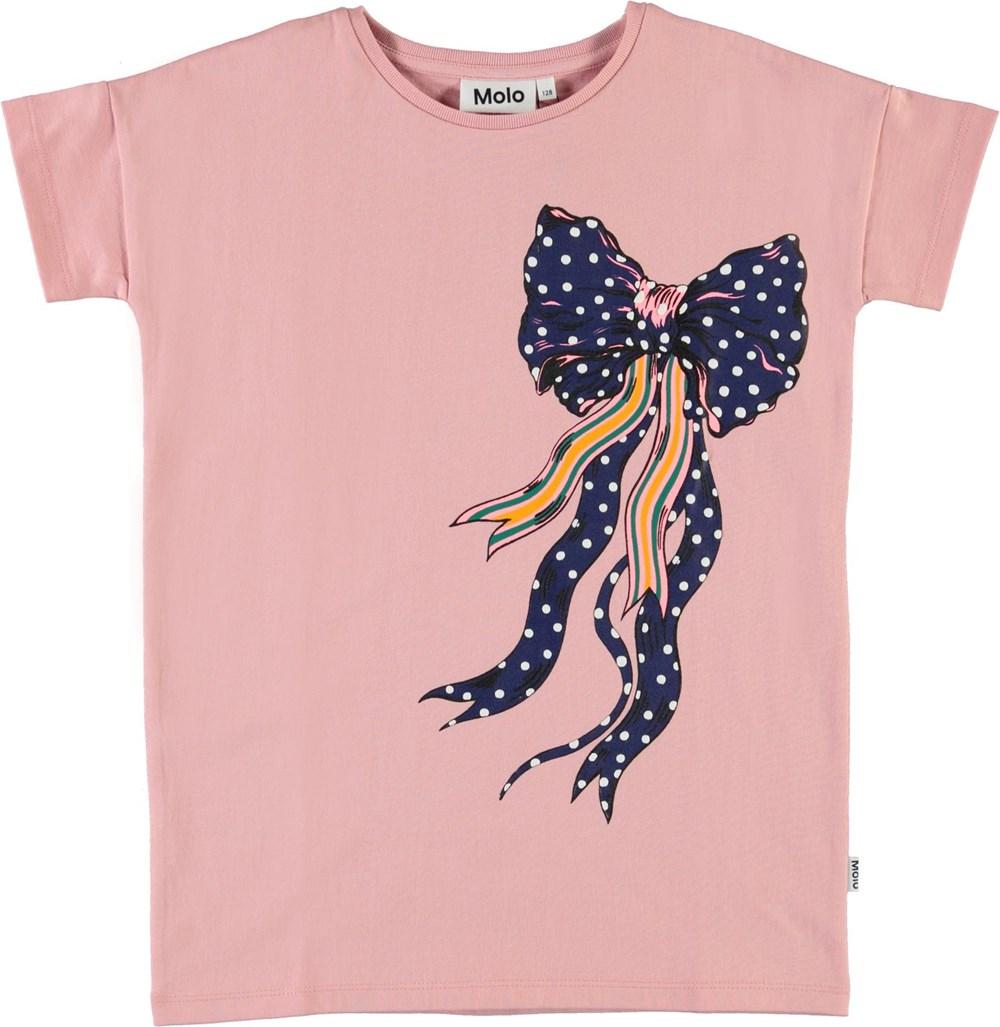 Rilla - Rosequartz - Roze biologische t-shirt met strikje