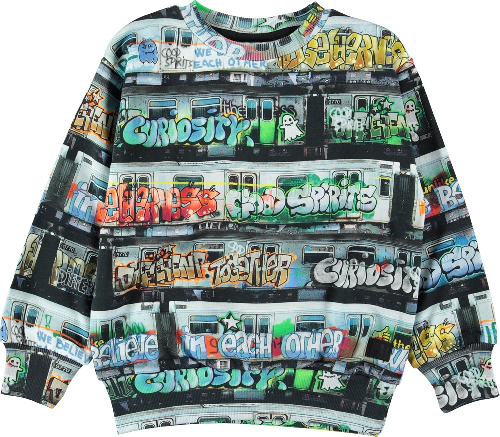 Mik - Subway - Sweatshirt with graffitti on trains.