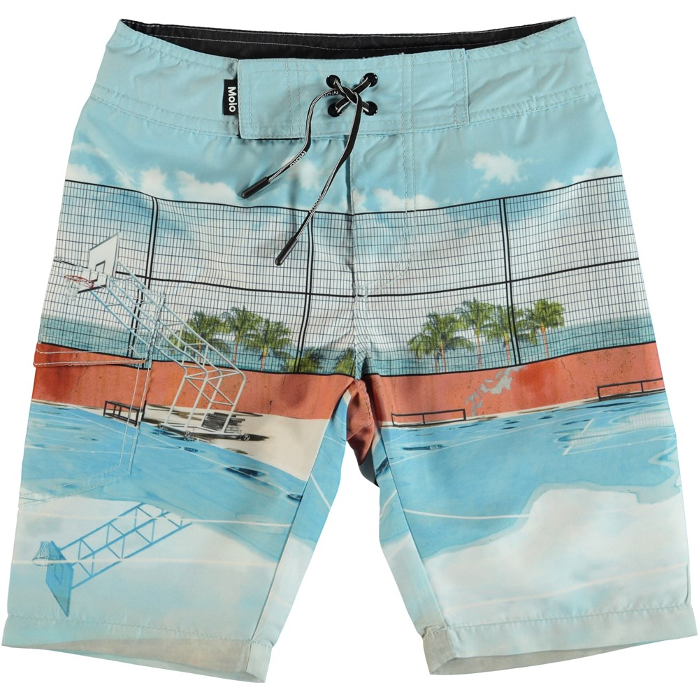 Nalvaro - Basket Court - Boardies with basketball court.
